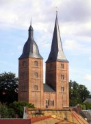 Altenburg: Rote Spitzen